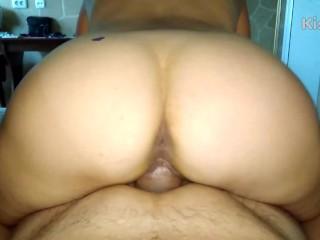 I fuck milf in a hotel, then I make a full cunt of sperm. Part 1/2