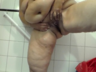 Jen is Peeing into the Bathtub