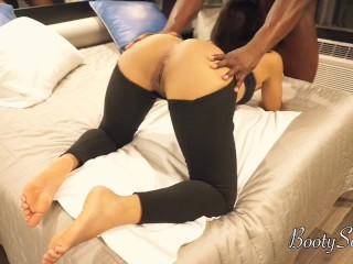 Hot Football player rips massage therapists leggings for best doggy style