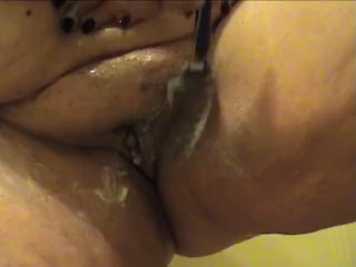 BBW granny shaving fat hairy pussy – up close camera – Not HD quality