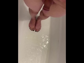 Sissy Solo Pee Session – Small clitty femboy trans pissing amateur homemade