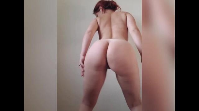 Twerking Big Ass Shaking Naked