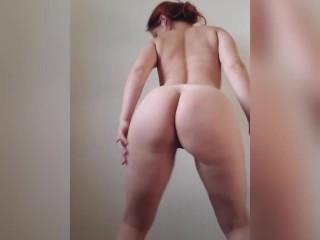 Teen redhead dancing and twerking naked