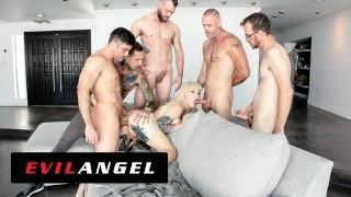 TS Blonde Lena Kelly Enjoys 5 Cocks