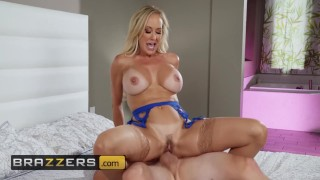 Brazzers - Big tit milf Brandi Love makes dreams come true