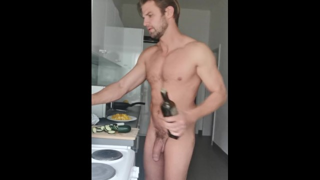 Cooking lesson with French massive cock