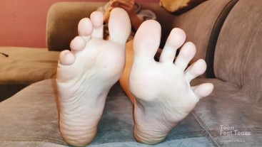 Perfect wifes soles with red nails - FOOT FETISH