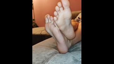 FOOT WORSHIP - LICK MY SOLES