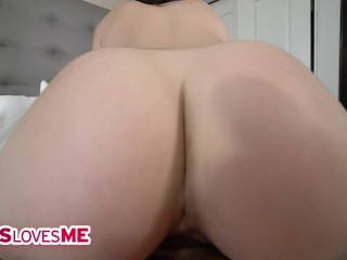 SisLovesMe – Troublemaking Stepsis Deepthroats Her Stepbrother's Fat Cock