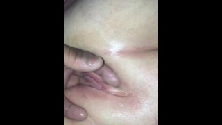 Mature granny squirts like crazy from bbc fisting