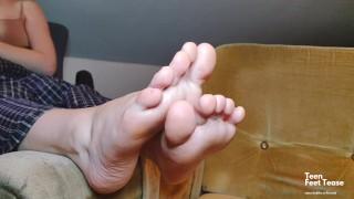 My hot stepmom needs foot feet massage - gorgeous soles fetish