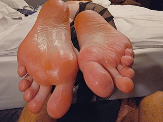 Cum Twice on My Perfect Ginger Soles & Long Toes! Redhead Teen Footjob JOI