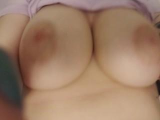 Huge bouncing natural tits