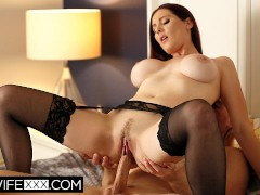 Hotwifexxx - Ample Boob Sandy-haired Wifey Lilian Deep-throat Jism On Tits
