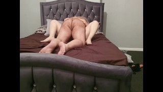 Stepson fuck and cuming inside of stepmom while dad in their bedroom