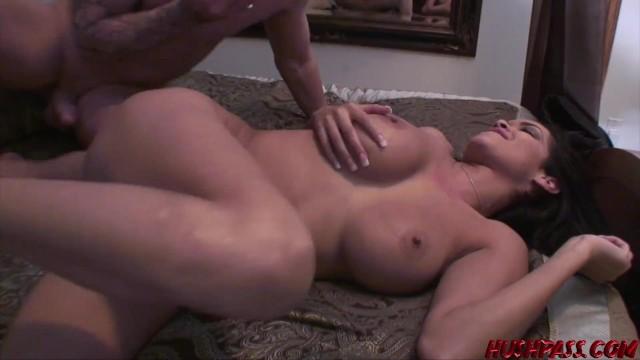 Latina babe Daisy Marie fucked balls deep before facial