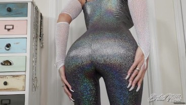 Mesmerizing you With Shiny Ass - Nikki Ashton