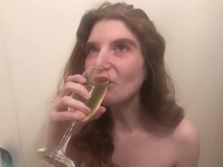 Self piss drinking