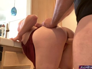 Stepmom stuck in the sink gets stepson's dick in her