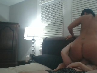 Milf Pawg Sits On Daddy's Face