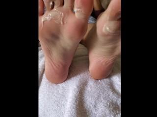dirty foot worship lick cum feet