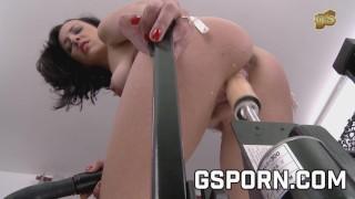 The french milf Mya Lorenn fucking hard with the sex machines