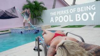 BANGBROS - Lucky Pool Boy Tony Rubino Fucks Cougar Ryan Conner
