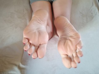 Lick the perfect soles and cum on them. POV - OlgaNovem