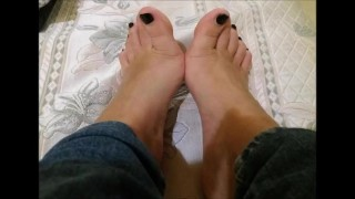 Jeans Footjob - Compilation of Mistress Darkshine Pics and Gifs