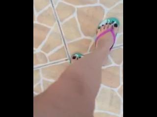 @tici_feet IG tici feet tici_feet walking in my house (part 2)