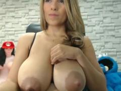 Big Breasted Lactating Latina Babe Squirts Milk and Sucks Own Boobs