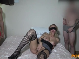 Busty MILF loves being surrounded by young dicks!! xnxx sax