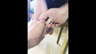 Cuckold Playing with my Dirty Feed and Sexy Toes. He has such a Foot Fetish