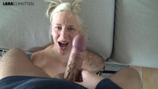 Screen Capture of Video Titled: Unfassbarer FACIAL Cumshot  Ich treibe es ungeschminkt mit meinem Cousin