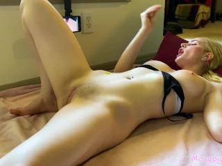 Gym Slut Watches Hentai After Workout
