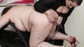 bbw mom fisted by her step daughter