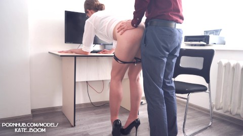 Sex in the office porn