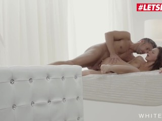 White Boxxx – Gorgeous MILF Tina Kay Spreads Her Tight Ass For Her Lover