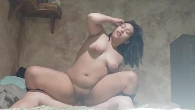 solo girl dildo orgasm hd