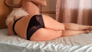 Russian mature milf seduces a young guy. Creampie