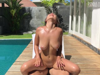 sexy babe in oil fucked guy near pool