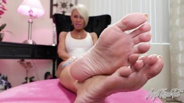 Stroking And Foot Dreaming - Nikki Ashton