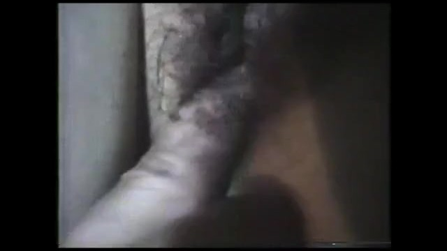 【個人撮影】熟女に正常位で生ハメ