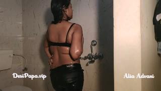 indian college girl Alia Advani in shower