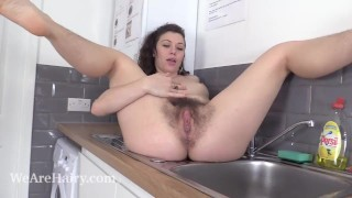 Misungui has naughty and wet fun in her kitchen
