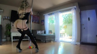 Pole dancing milf babe teases the neighbors while seducing you