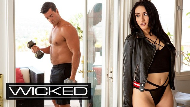 Mandy muse new Wicked Spying Mandy Muse Hopes To Get Pounded Pornhub Com