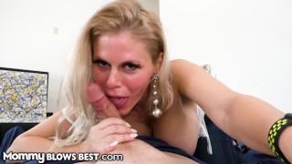 MommyBlowsBest - Getting Closer With Stepmom