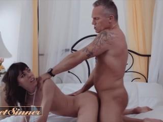 Sweet Sinner - Hot Chick Vera King Loves Hardcore