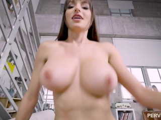 PervMom – Lexi Luna Gets her MILF Muff Pounded